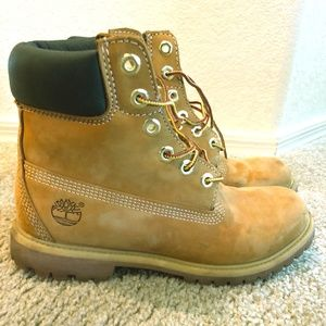 Womens 6 inch Timberland Boots